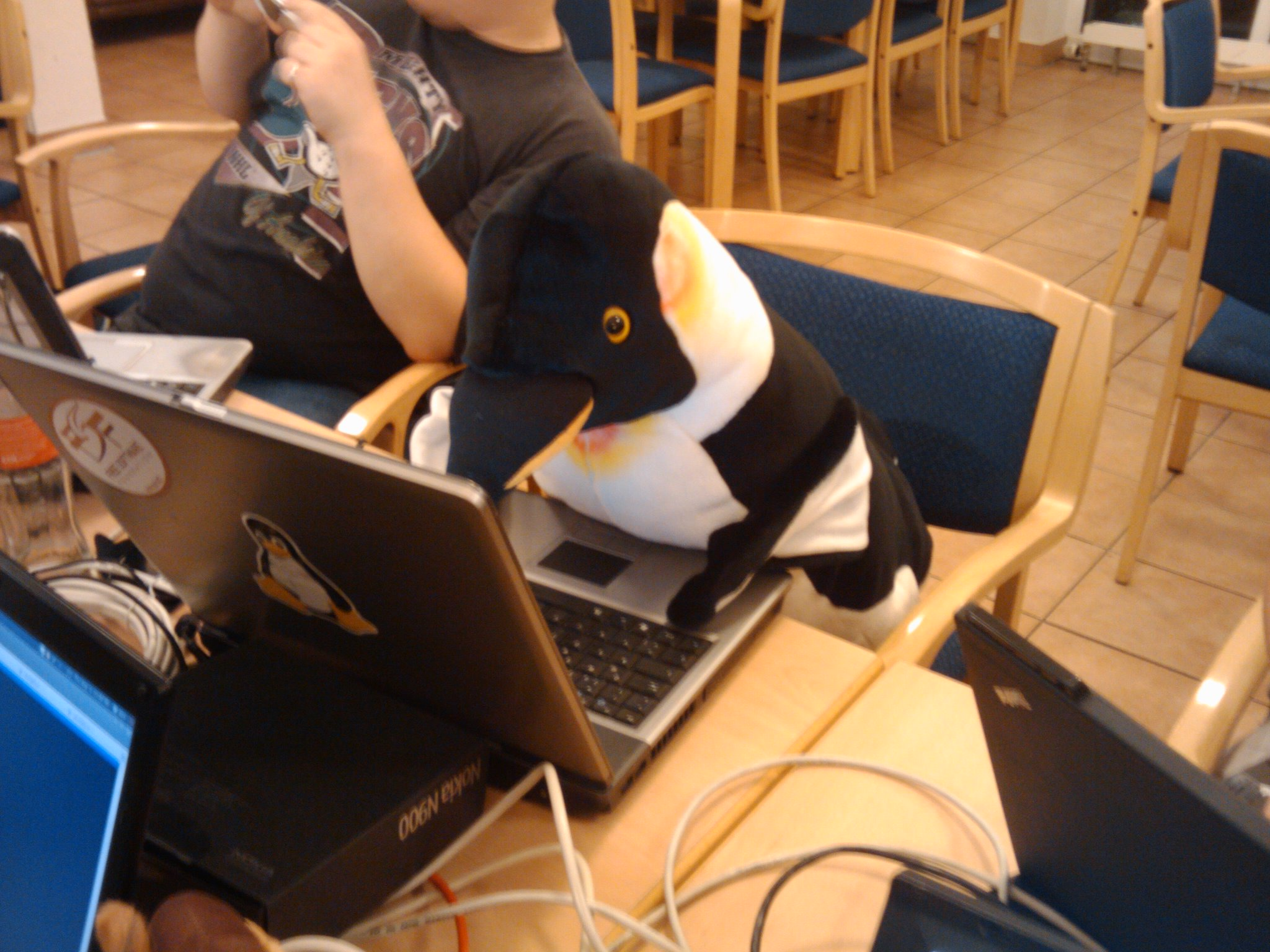 Tux at work II